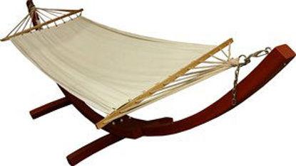 Immagine di amaca relax, struttura in legno, telo sedua in cotone colore ecrù, dimensioni cm.120x245