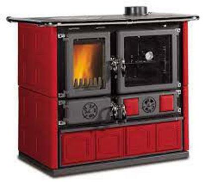 Immagine di Cucina a legna rosa